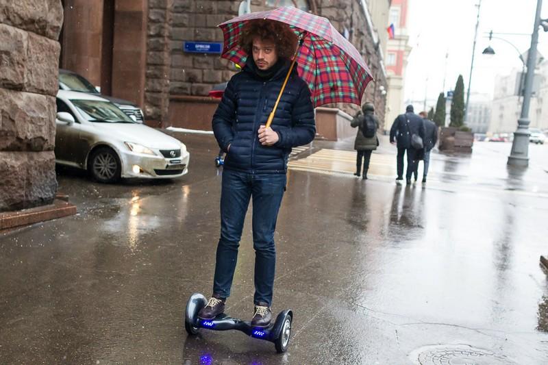 Гироскутер в дождь