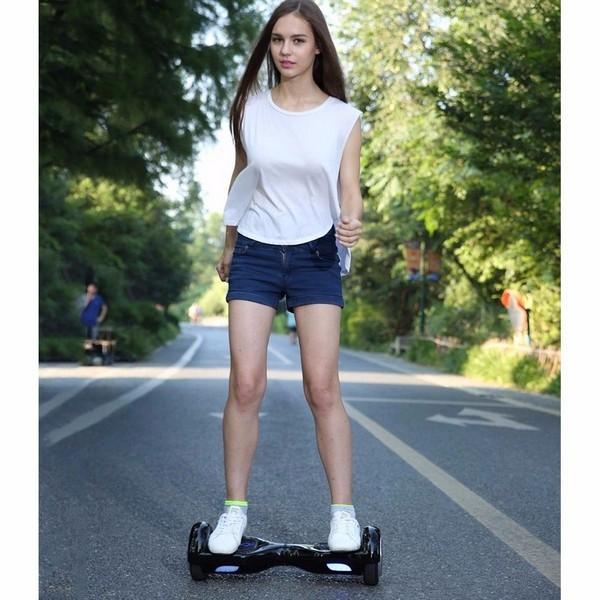 Прогулка на гироскутере с 8-ми дюймовыми колесами