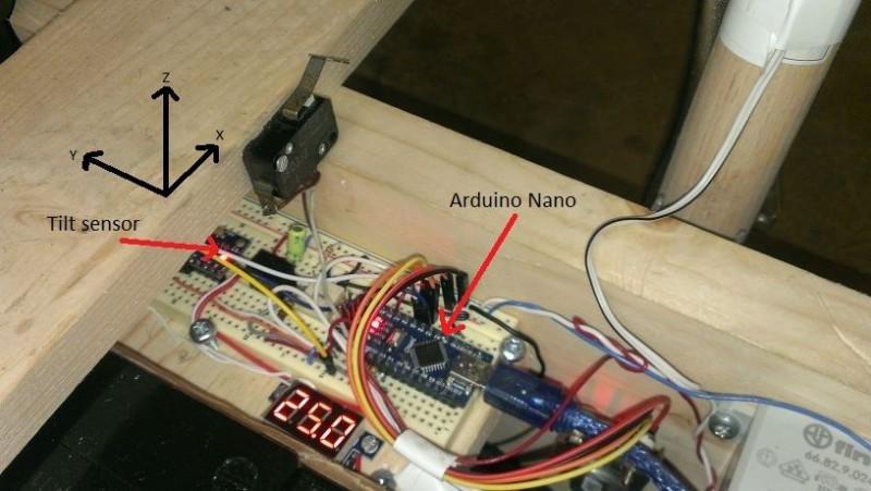 Устанавливаем на плату микроконтроллер